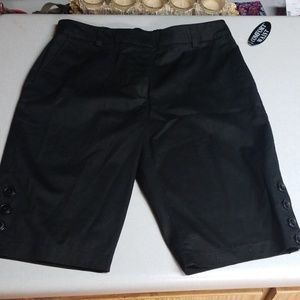 NWT Sag Harbor black stretch shorts, size 10P